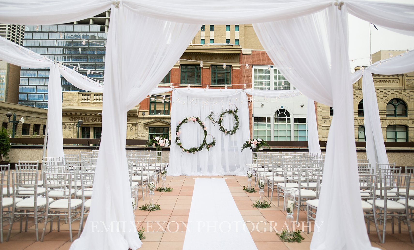 Patio Wedding Inspiration Downtown Calgary Marriott Hotel