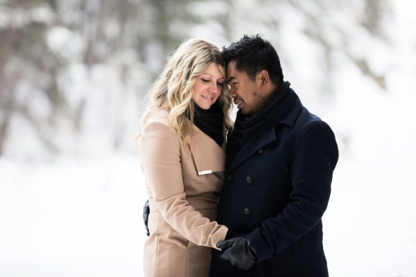 A Wintery Calgary Engagement Session – Sneak Peek #2